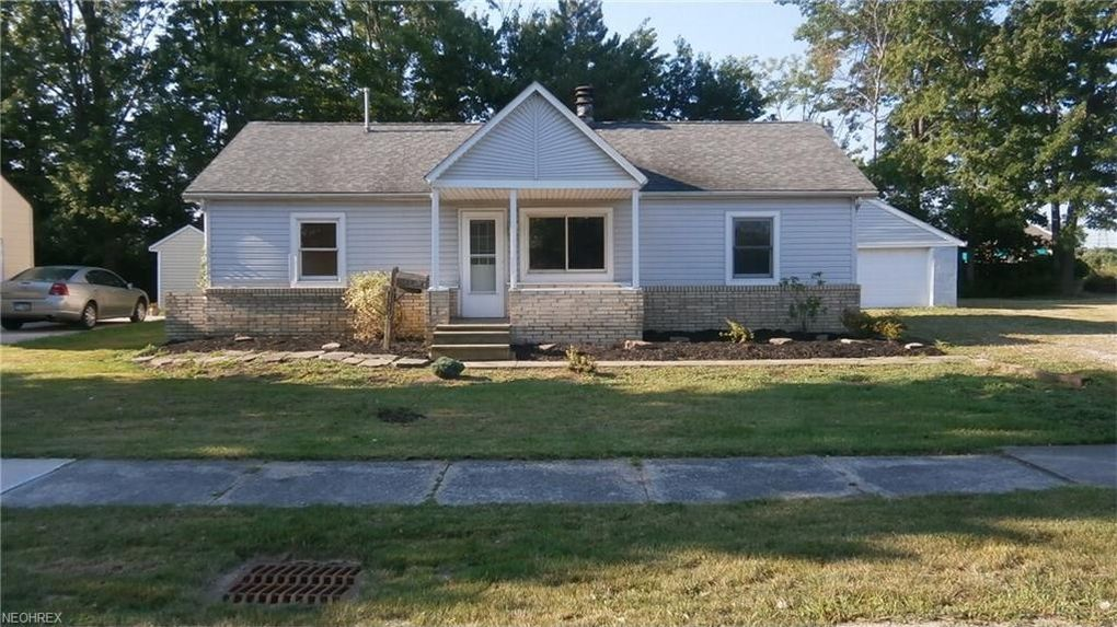 36744 Saint Clair St Willoughby Oh 44094 Realtor Com