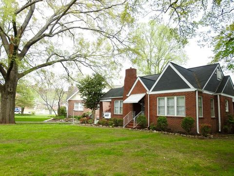 Photo of 16 S Sweetbriar Ave, Chattanooga, TN 37411