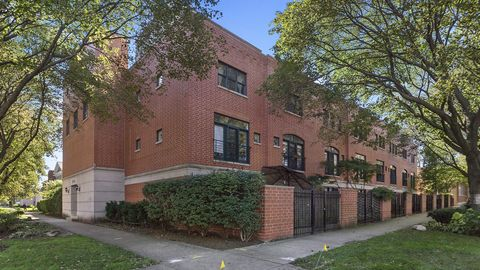 5844 N Hermitage Ave Apt E, Chicago, IL 60660