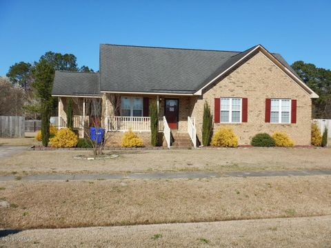 Photo of 1308 Old Village Rd, Greenville, NC 27834