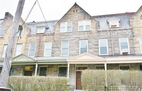 1239 W North Ave, Manchester, PA 15233