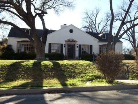 Photo of 421 S Park St, San Angelo, TX 76901