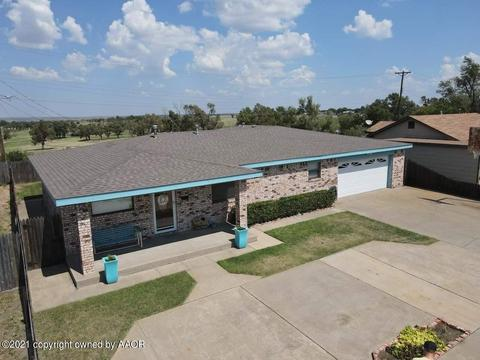 946 Harrington St, Borger, TX 79007
