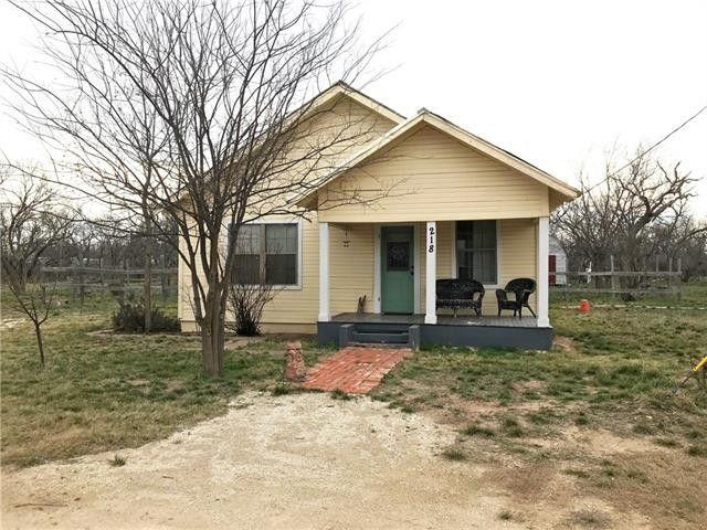 218 County Road 230, Bradshaw, TX 79567