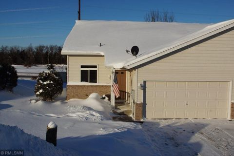 Photo of 312 Pine St, Cannon Falls, MN 55009