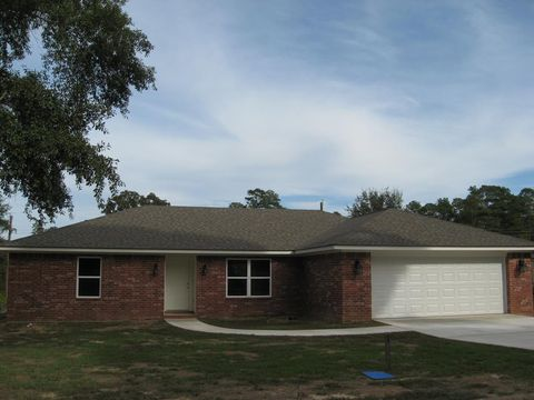 Photo of 706 E Oak Ln, Nacogdoches, TX 75961
