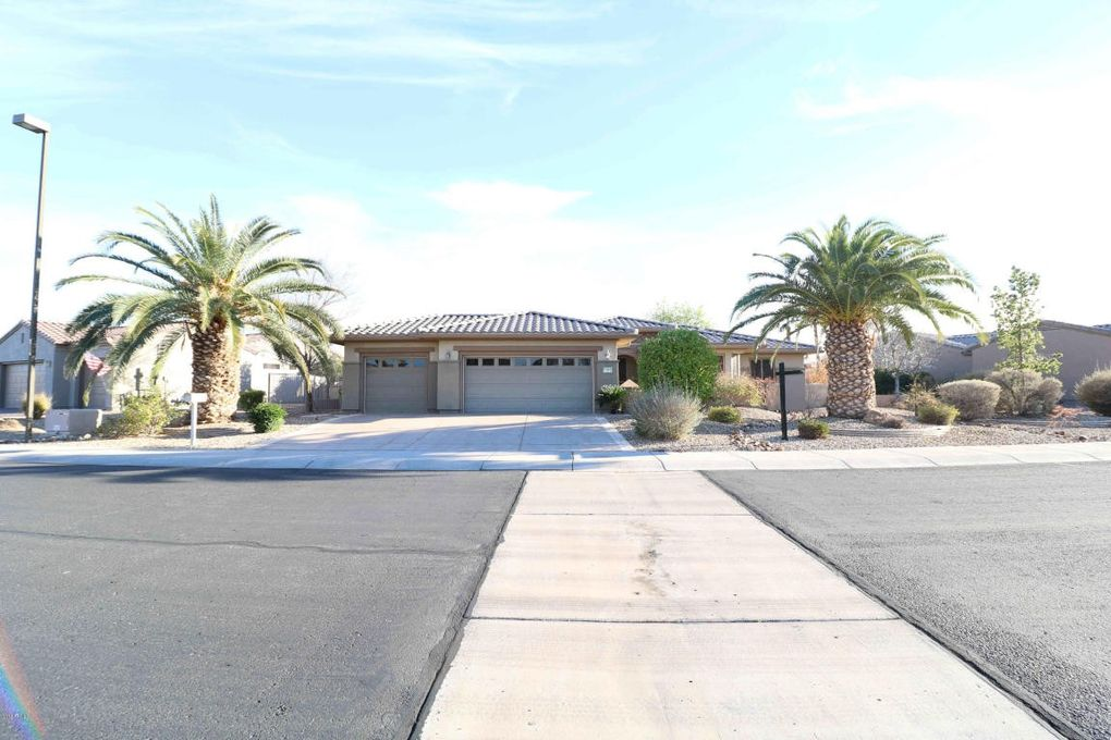 17313 W Imperial Ln, Surprise, AZ 85387