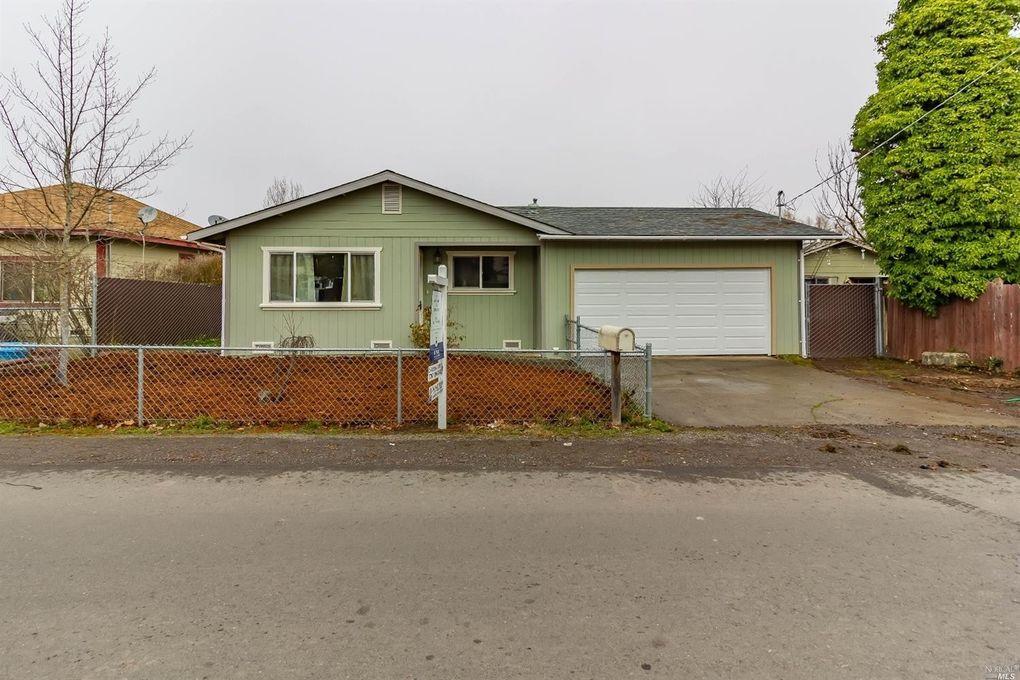 494 Della Ave, Willits, CA 95490