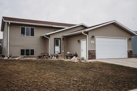 Photo of 1107 Sw 16th Ave, Aberdeen, SD 57401