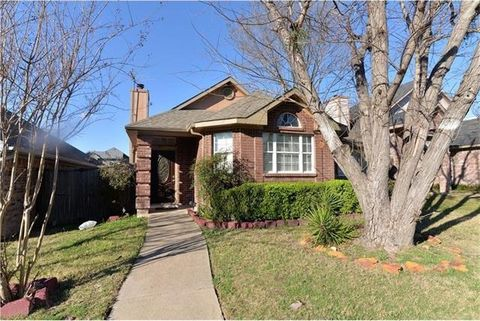 Photo of 2323 Weatherby Dr, Mesquite, TX 75181