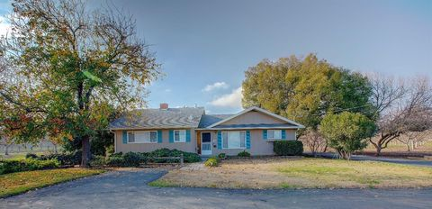 Photo of 16255 Clover Ave, Patterson, CA 95363