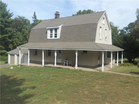 12 Woodford Ave, Avon, CT 06001
