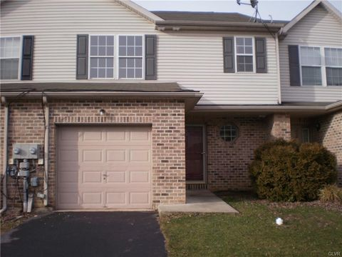 2575 Jeannette Ln, Easton, PA 18040