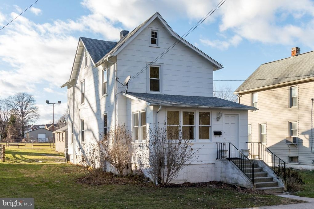 116 Myrtle Ave West Grove, PA 19390