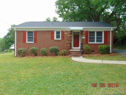 Photo of 3942 Tillman Rd, Charlotte, NC 28208