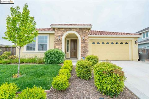 Photo of 11 Pastoral Ct, Oakley, CA 94561