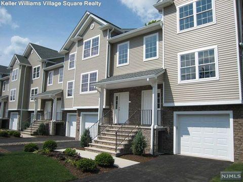 226 Greenwood Ave, Midland Park, NJ 07432