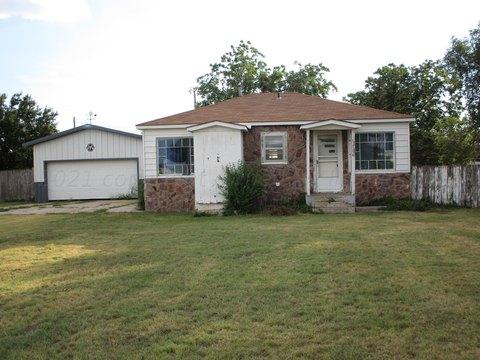 706 S Swift St, White Deer, TX 79097