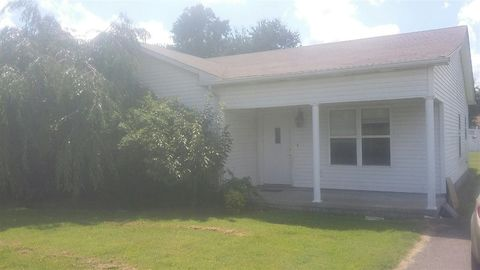 53 Evelyn St, Mayfield, KY 42066