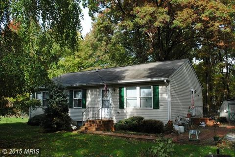 5894 Cottage Ave, Rock Hall, MD 21661