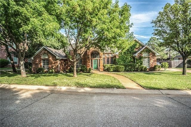 2880 Hillside Dr Highland Village, TX 75077