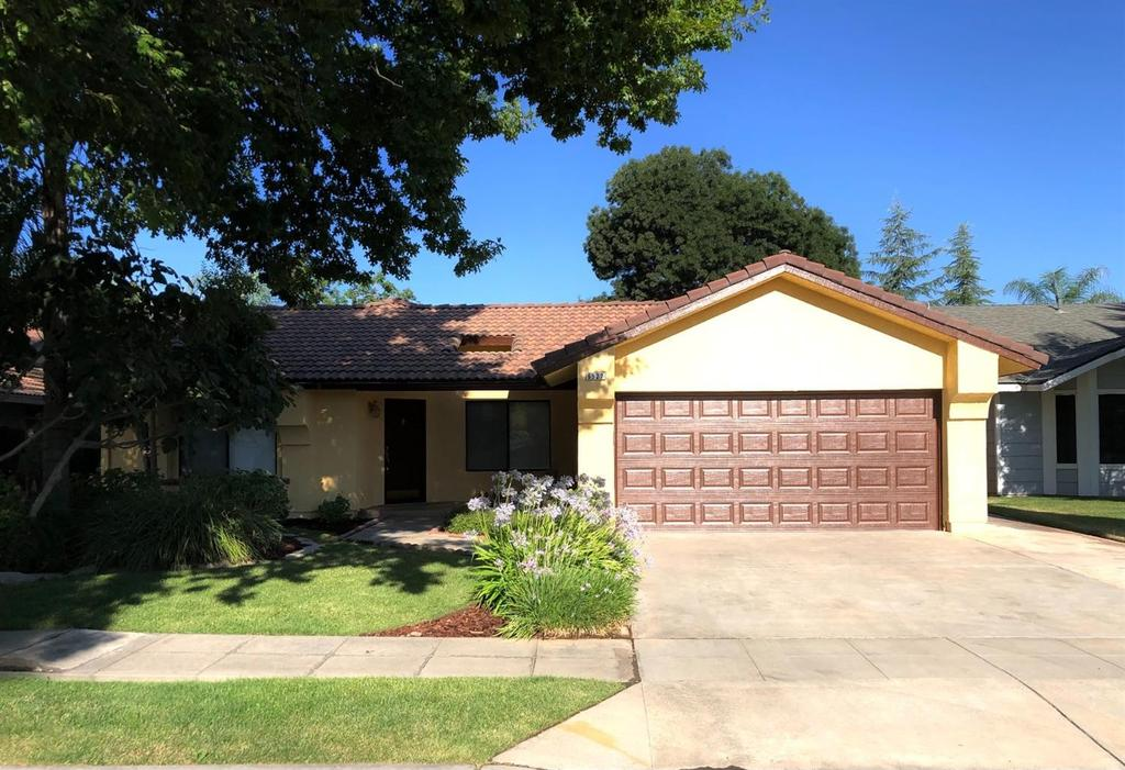 6527 N Cornelia Ave Fresno Ca 93722 Realtor Com
