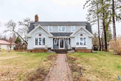 Photo of 2711 E 5th St, Duluth, MN 55812