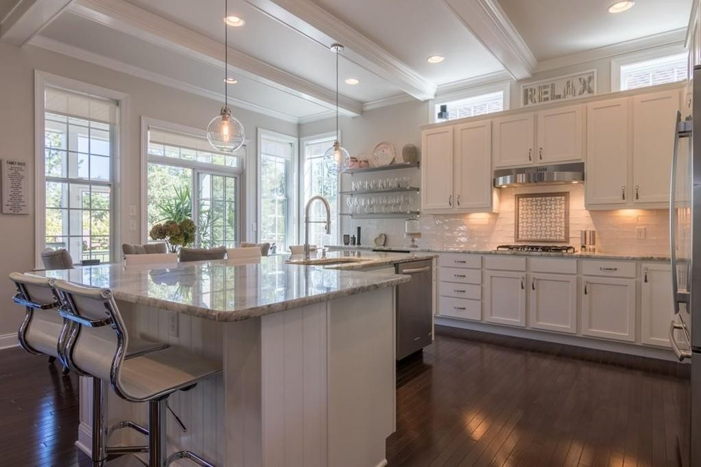 18 Woodsong, Plymouth, MA 02360