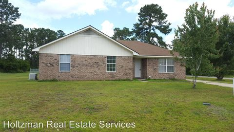 Photo of 293 W Kenny Dr, Hinesville, GA 31313