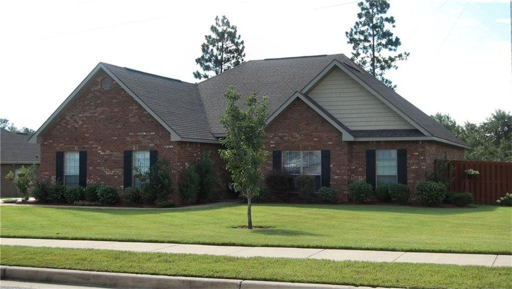 3407 Charleston Dr, Saraland, AL 36571