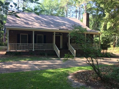 Photo of 239 Horseshoe Dr, Moultrie, GA 31788