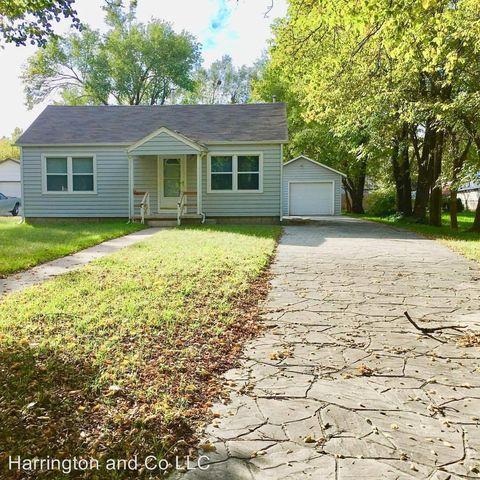 Photo of 807 Pine St, Halstead, KS 67056