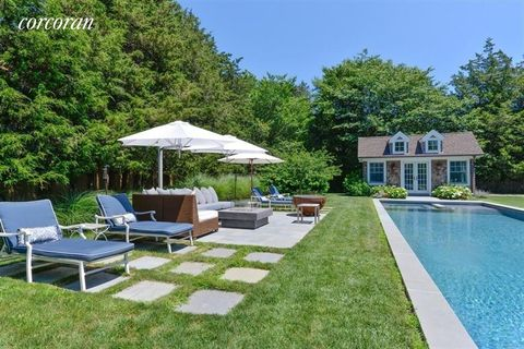 Photo of 61 Skimhampton Rd, East Hampton, NY 11937