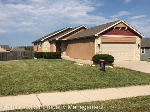 Photo of 2114 Deer Trl, Junction City, KS 66441