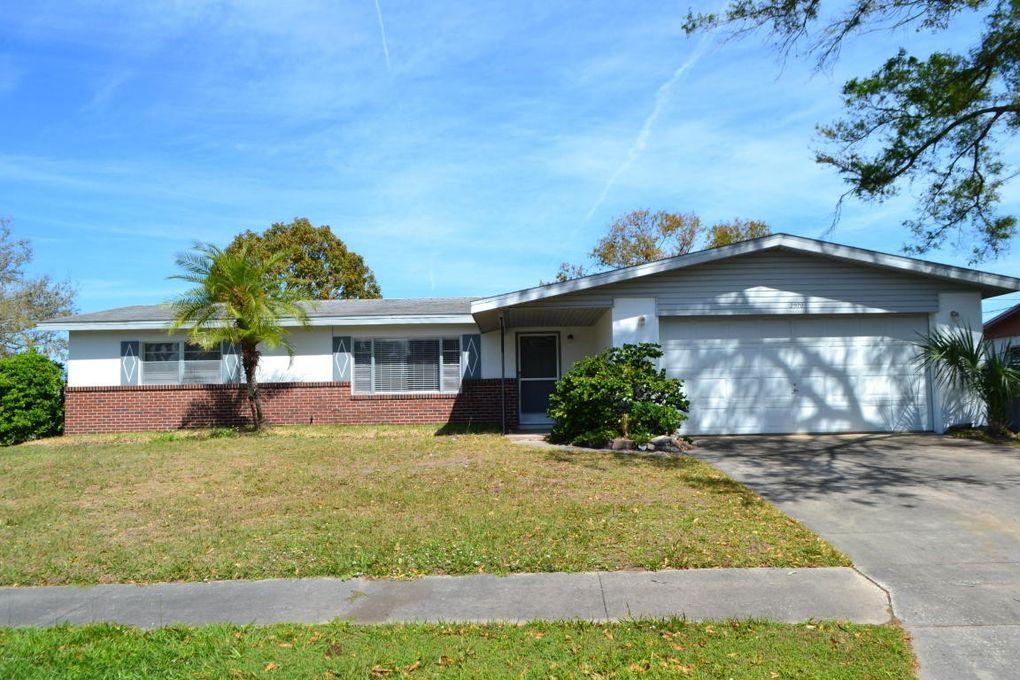 2970 Hobbs Pl, Titusville, FL 32796
