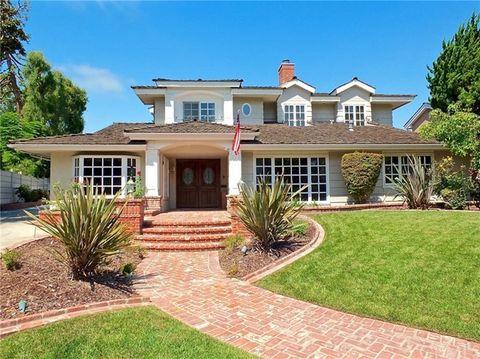 1437 La Perla Ave Long Beach CA 90815