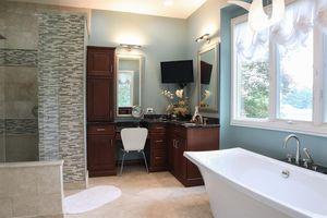 867 Wards Corner Rd, Miami Township, OH 45140 - Bathroom