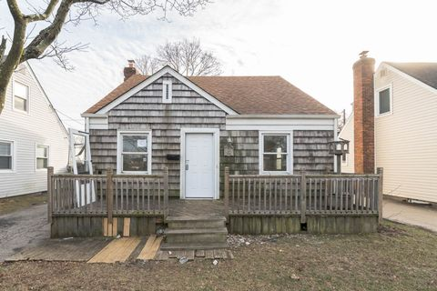 Photo of 946 Clyde Rd, North Baldwin, NY 11510