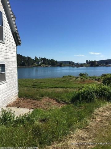 Photo of 13 Mill Pond Rd, Swans Island, ME 04685