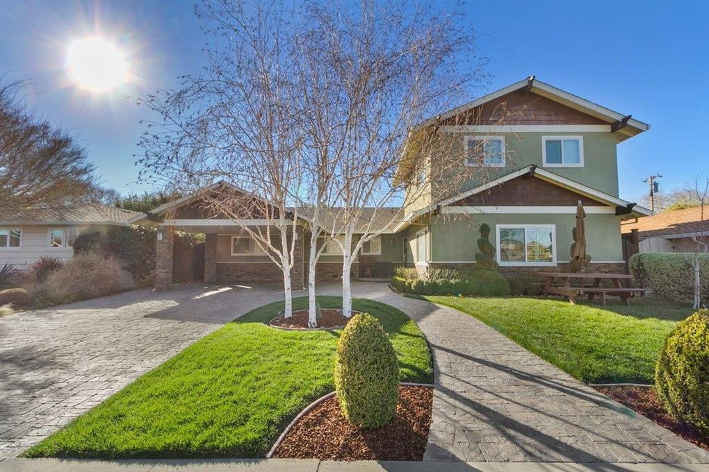 49 Peter Ct Campbell, CA 95008