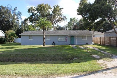 Photo of 9715 Lorrayne Rd, Riverview, FL 33578