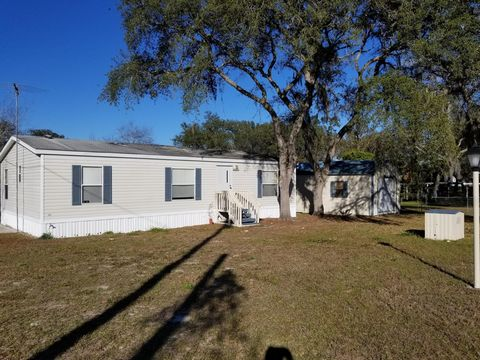 Photo of 18501 Se 20th Pl, Silver Springs, FL 34488