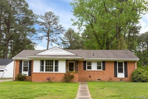 Photo of 1409 Westbriar Dr, Richmond, VA 23238