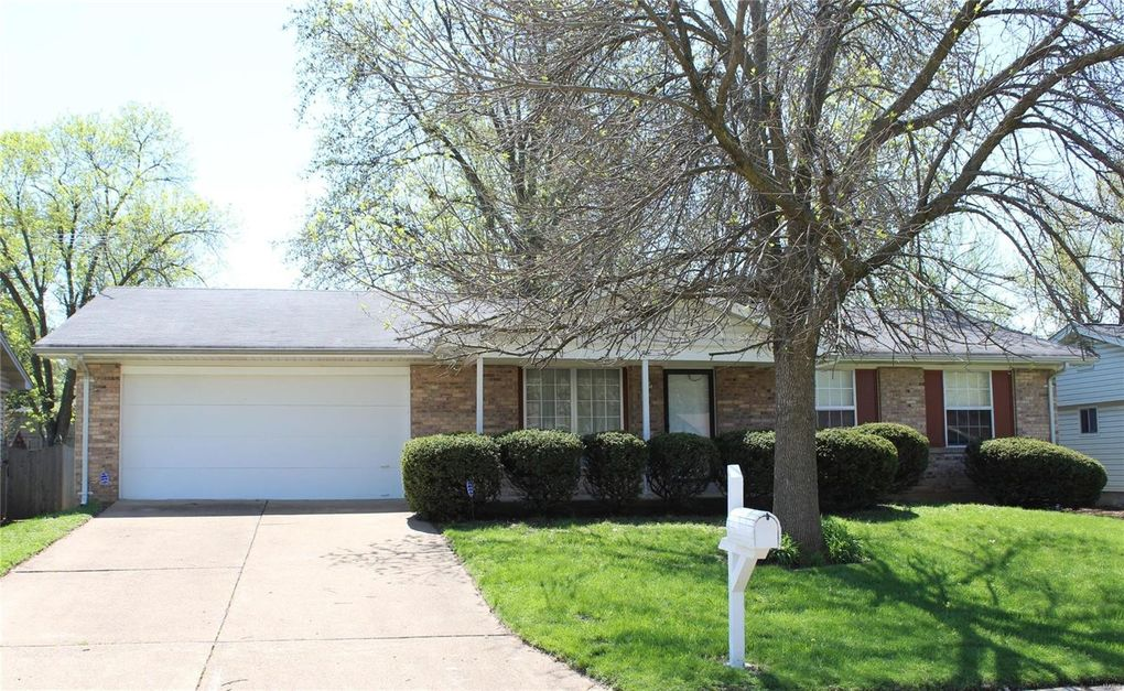 5 Appletree, Saint Peters, MO 63376