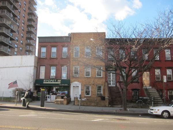 284 9th St, Brooklyn, NY 11215