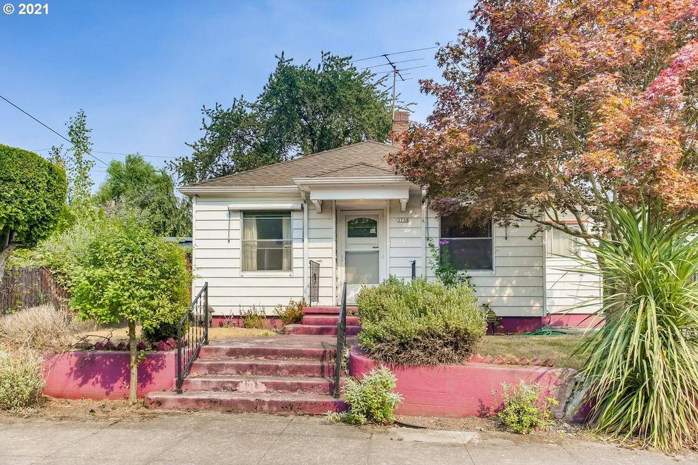 3738 NE Rodney Ave Portland, OR 97212
