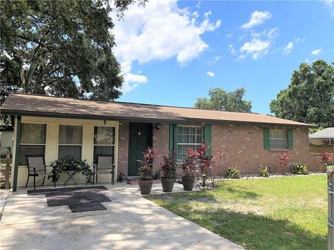 Photo of 5129 Holland Ave, Temple Terrace, FL 33617