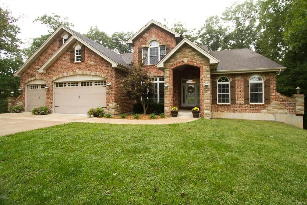 61 Old Hickory Ln Troy, MO 63379