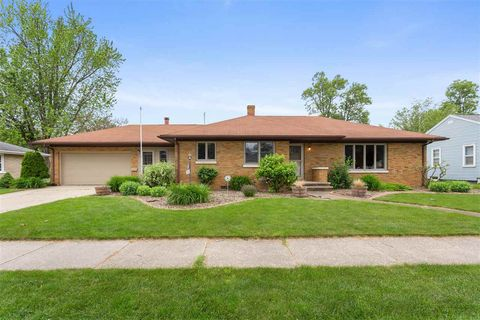 Photo of 260 S Helen St, Kimberly, WI 54136
