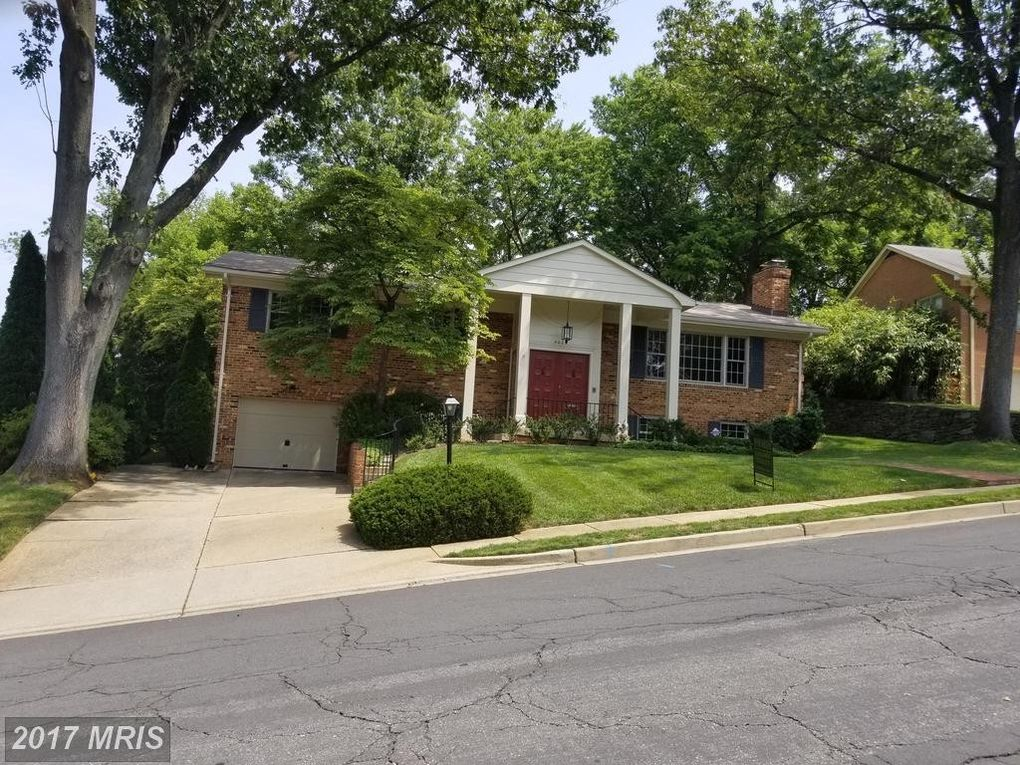 4039 27th St N, Arlington, VA 22207
